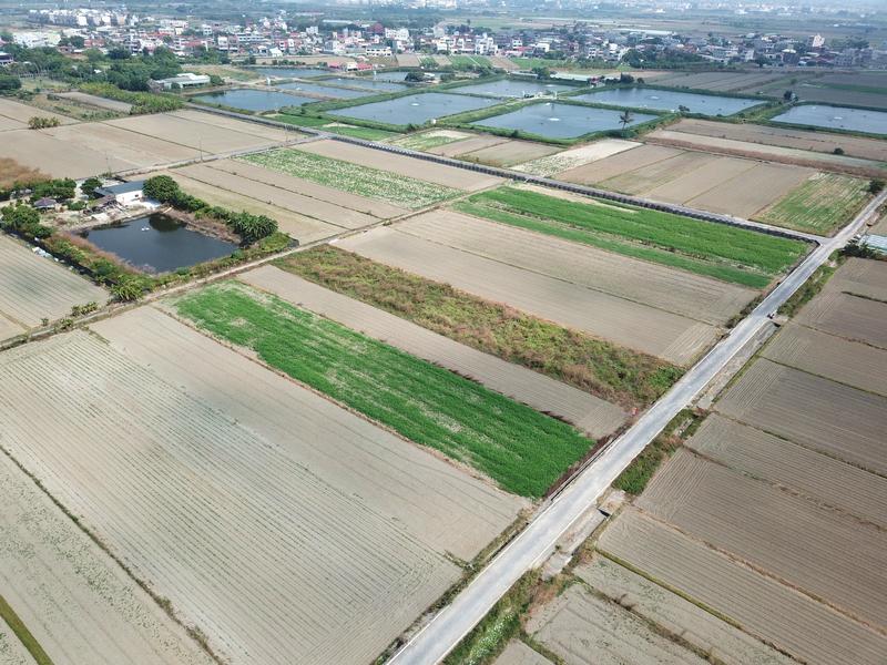 昭明國中旁方正農地,台南市七股區三合段